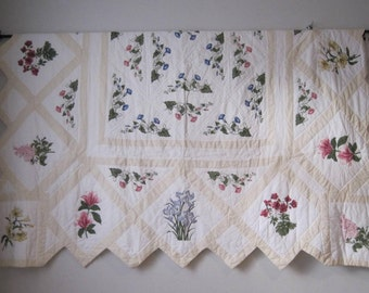 "Vintage White Floral Patchwork Quilt Blanket Throw 80"" W x 80"" L TXTL528s"
