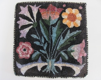 Pretty Folk Art Flower Tapestry