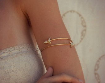 ARM BAND /// Upper Arm Cuff /// Lux Divine Double Shark Tooth Wrap Gemstone Arm Wrap/// Gold or Silver