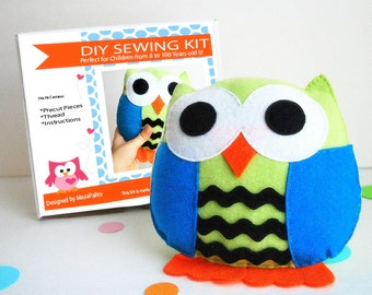 Owl Pillow Sewing Kit, Felt Kids' Crafts, Felt Sewing Kit in a Box, 8+ years old craft, No sewing machine, READY TO SHIP  A679