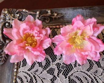 Pink  color  flower      2  piece listing