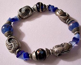 Blue Black Bracelet Silver Tone Vintage Expandable Stretch Decorative Bead Gemstones