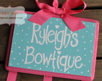 YUMMY DOT Design --- Handpainted and Personalized HairBow Holder - Medium Large XL Sizing - Pink and Aqua Bow Holder