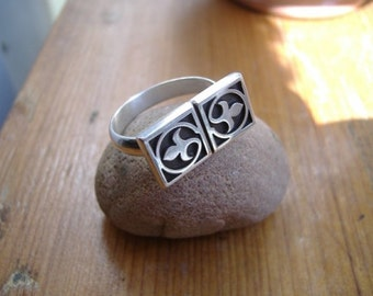 Sterling Silver Lily Ring, Silver Jewelry, Silver Ring, Gift for Her, Metalwork Jewelry