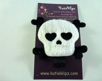 Punk Princess White Skull and Black Cross Bones Hair Clip - 1.99cents Hairclip, Hair Clip, Hair Bow, Hairbow, Hair Accessory