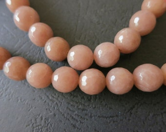 2 str -Jade in Light Coffee 10mm Faceted round Beads