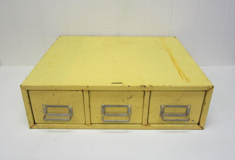 Luxury Retro_metal_filing_cabinet2_l