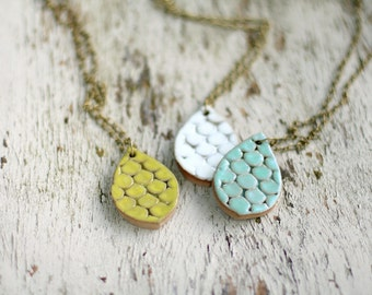 Scalloped Teardrop Necklace- Bright Pear