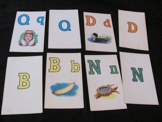 Set of 2 Vintage Picture Flash Cards - Choice of N Nest D Duck Q Queen B Banana