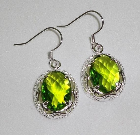 "CLEARANCE, 25cts Oval CKB Green Peridot Quartz, solid silver Pierced Earrings, 1 1/4"""