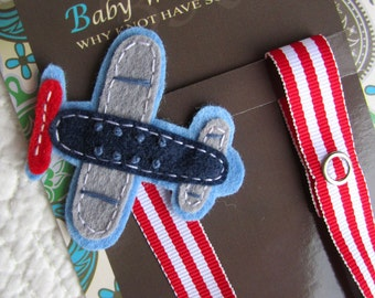 Pacifier Clip, Airplane, Boy Pacifier Clip, Pacifier Holder, Binky Clip, Baby Gift, Paci Clip, Universal Pacifier, Binky Holder, pcplane05