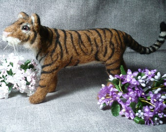 Needle Felted Tiger, Lifelike, One Of A Kind cat