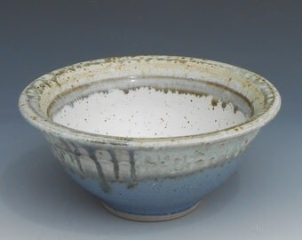 Pretty Pottery Serving Bowl 4cups - Blue and cream glazes