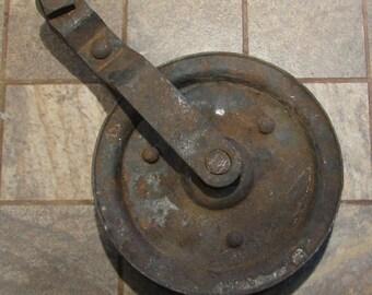 Vintage Large Door Pulley Rusty No.2 of 2