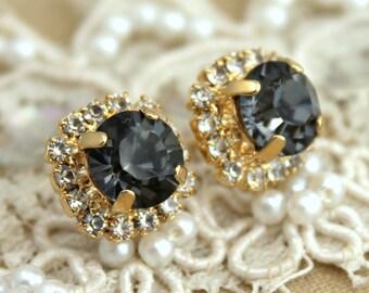 Gray Earrings,Gray stud Earrings,Dark Gray Earrings,Smoky Gray Earrings,Bridesmaids Earrings,Swarovski Crystal Gray Earrings,Gray Studs