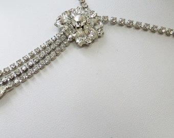 Vintage jewelry necklace in silver tone with clear rhinestones Art Deco necklace