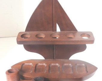 Wooden Sailboat Pipe Holder