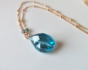AAA London Blue Topaz Gemstone Pendant/Necklace Wire Wrapped with 14k Gold Fill