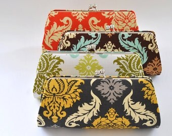 A SET of 11 Bridesmaids Clutch -  Create a Custom Bridesmaid Clutches in your choice of fabrics