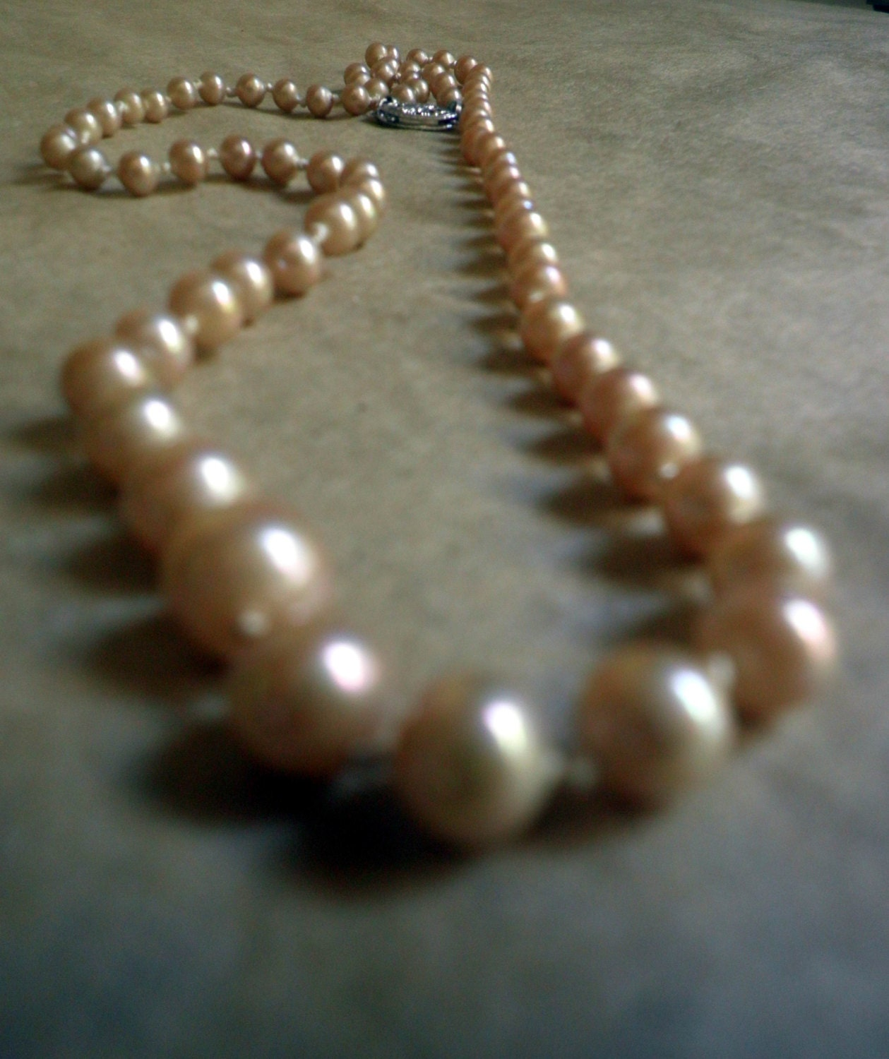 Single Strand Pearl Necklace: Vintage Pearl Necklace Champagne Pearls Single Strand