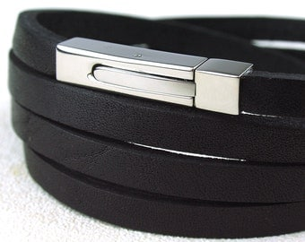 BC010105) Easy to wear 316L Stainless Steel Clasp Flat Leather Bracelet (19cm), Leather Bracelet, Black Leather Bracelet, Black Leather