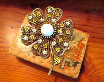 Vivid, Radiant, Highly Detailed Art-Signed Dimensional FILIGREE Green & BLUE ENAMEL and 24k Gold Plate Daisy Vintage Brooch/Pin