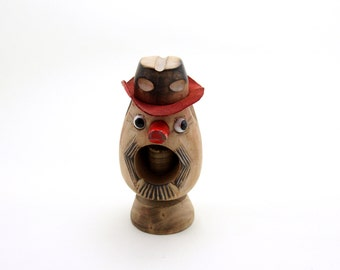 Nutty Cowboy. Vintage Modern Cowboy Nut Cracker Figurine