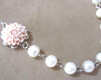 Powder pink flower necklace with pearls - Pearl necklace - Bridal necklace - Flower girls necklace