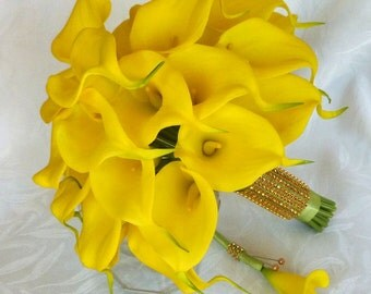 Real touch mini yellow calla lily bridal bouquet