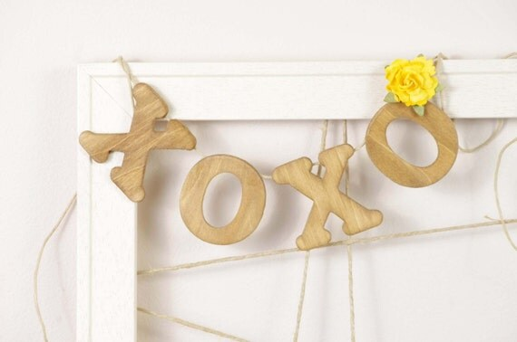 Yellow XOXO Banner for Wedding in Light Honey - Garland - Sign for Wedding