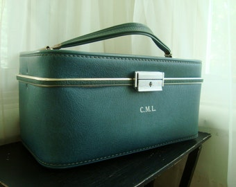 Teal Blue Train Case, Lovely 1960's Vintage Luggage, Traincase