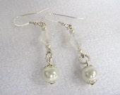 Pearl Drop Earrings, Crystal and Artificial Pearl Dangle Earrings, Simply Elegant Bridal Jewelry, Wedding Earrings, Fancy Pearl Drop Earring