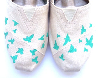 The Birdie - Teal and Cream Bird Silhouette Custom TOMS