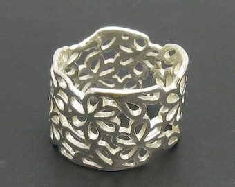 R000597 STERLING SILVER Ring Solid 925 Flowers Band