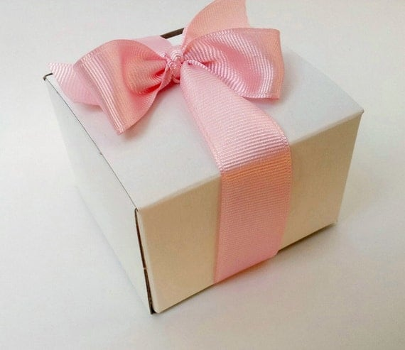 Wedding Favors Gifts For Guests Uk : 50 Custom Wedding Favor Guest Soap Gift Box with Ribbon and Custom ...