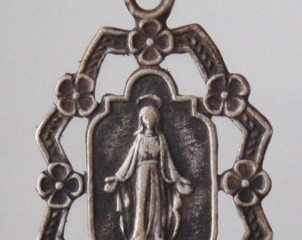 "Antique Ornate Virgin Mary Religious Medal on 18"" sterling silver rolo chain"