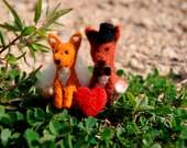 Felted fox couple, miniature fox, fox family, tiny fox, felt toy