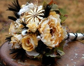 Brooch Bouquet Gold Ivory Black Rustic bouquet Feathers Bridal Wedding Bouquet