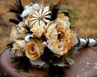 Brooch Bouquet Gold Ivory Black Rustic bouquet Feathers Bridal Wedding Bouquet