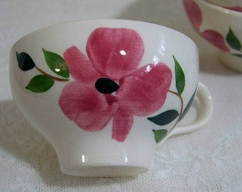 Vintage Floral Tea Cup Pottery Cup Hand Painted Set of 4