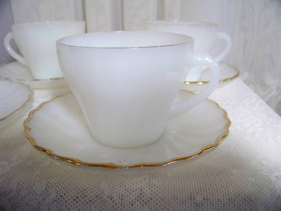 Vintage White Swirl Cup and Saucer 4 Sets Anchor Hocking Fire King