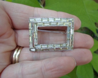 Vintage Rectangle Rhinestone Brooch 1950s to 1960s Baguettes Silver Tone Pin Sparkly