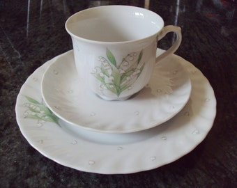 Vintage German Porcelain Trio Seltmann Weiden Bavaria Lily of the Valley Cup Saucer Plate Kitchenalia White Porcelaine Time for Tea