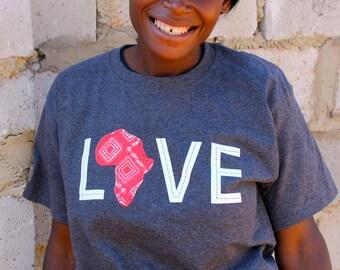 LOVE Africa T-shirt: 2XL Red