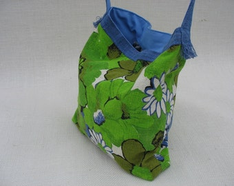 50% OFF Womens Handbag Retro Floral Messenger Bag Cotton Hemp with Pockets Crossbody Bag  OOAK Gifts for Women