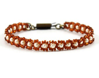 Cream Pearl Bracelet - Seed Bead Jewelry - Beaded Bracelet - Dark Amber Jewelry - Brown Bracelet - Minimalist Jewelry