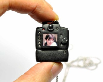 Personalized necklace USB Nikon D90 Camera miniature / Personalized Gift / Personalized Necklace / Personalized Jewelry