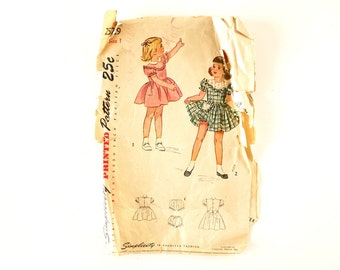 Vintage Simplicity Pattern 2529, Child's One-Piece Dress and Panties, Complete (Size 1) (c.1940s) - Collectible, Sewing