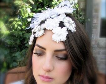 Bridal fascinator floral white and beige