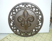 "8"" Fleur de Lis plate home decor cast iron old world rustic - 82-656"